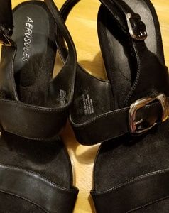Aerosols sandals
